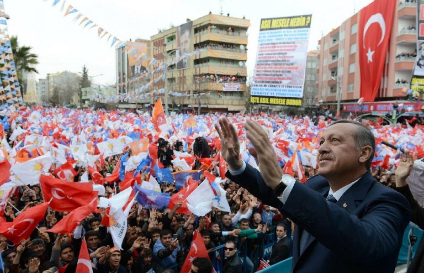 erdogan20crowds-7551410